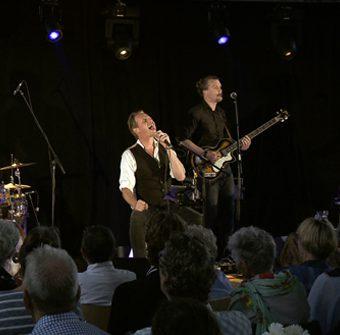 Niels band
